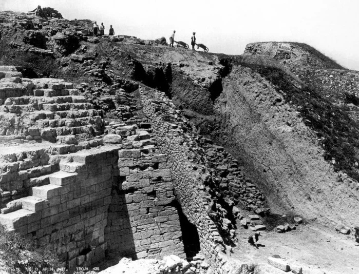 Величайшие археологические находки. Легендарная Троя и клад Приама., изображение №4