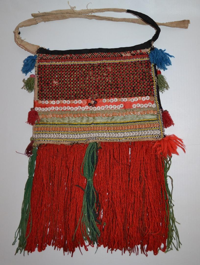 Мордовский женский костюм, изображение №4
