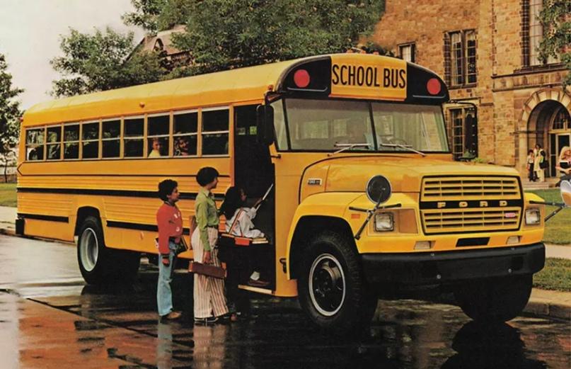 Школьные автобусы разных стран, изображение №2
