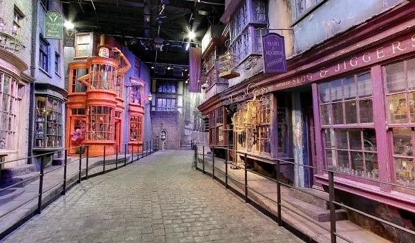 Путешествие по местам Гарри Поттера, изображение №11
