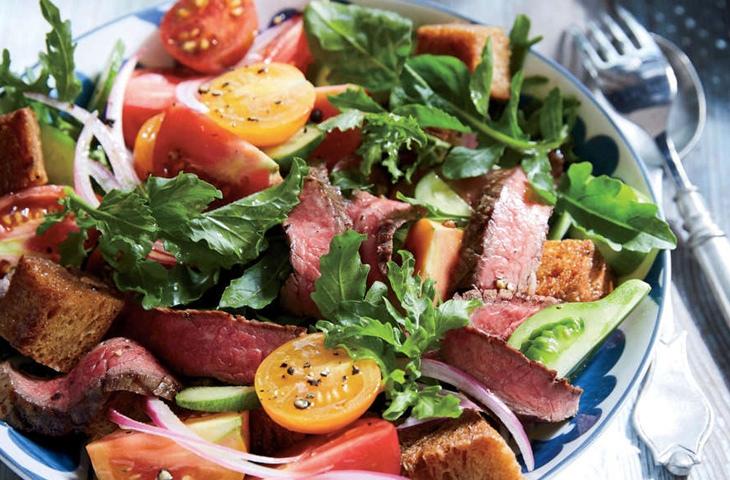Шедевральные салаты со стейком, изображение №1