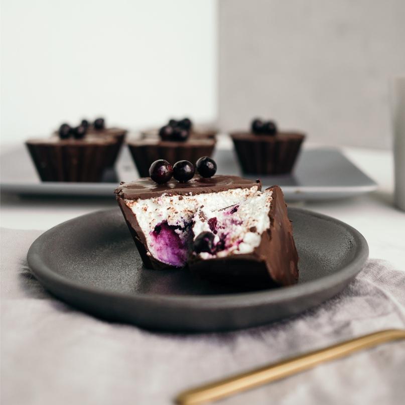 Диетические корзиночки с шоколадом, творогом и смородиной, изображение №12