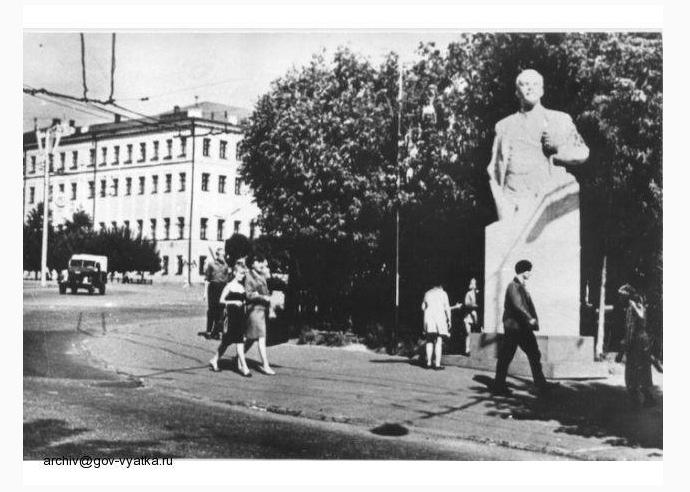 Памятники Ленину в Кирове: существующие и утраченные, изображение №24